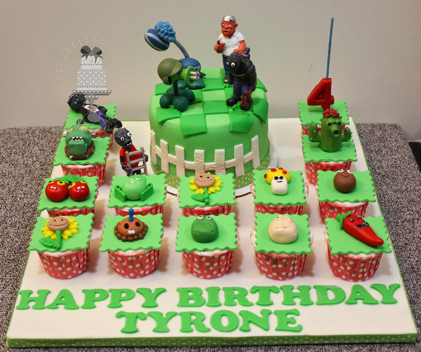 Plants V Zonbies Cupcake Cake