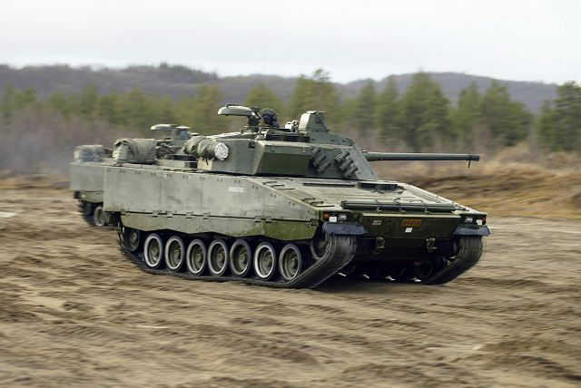 CV90_tracked_armoured_infantry_fighting_vehicle_Norway_Norwegian_army_001.jpg
