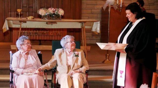 Pareja de lesbianas de Iowa de 72 años finalmente se casa