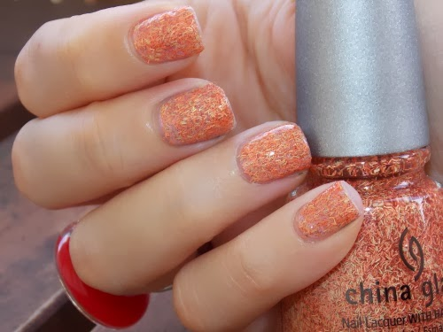 flying south close up zoom flash china glaze blog beauté psychosexy
