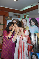 Dia, Mirza, Went, To, Golecha, Jewellers, Store