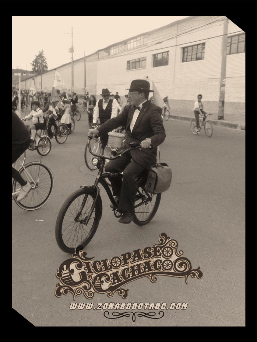 CICLOPASEO CACHACO 2014 en Bogotá 13