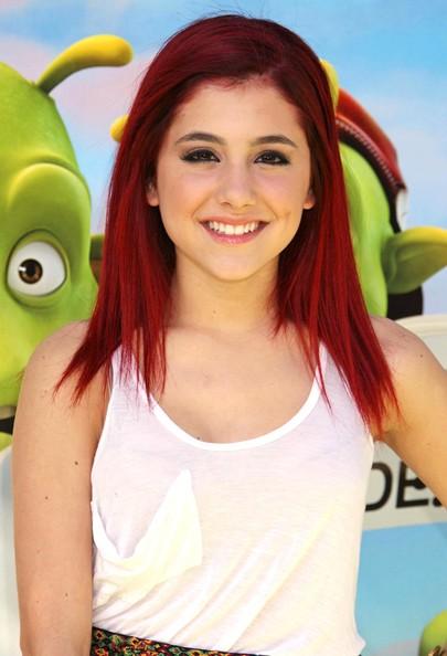 http://3.bp.blogspot.com/-ZXoPMIVgkL4/TmOBcLf6YLI/AAAAAAAAAiM/Nf5WEkTfIFU/s1600/Ariana_Grande_Pics_21.jpg