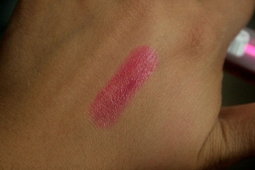 Maybelline Color Whisper Lipstick in Mad For Magenta Swatch
