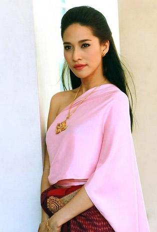 Thai Traditional Fashion✪ Ploy Chermarn