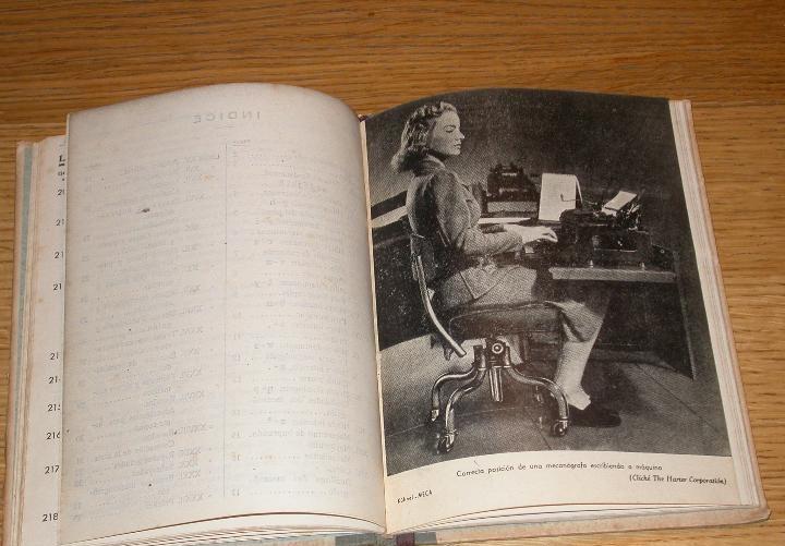 Libro mecanografía Academia Kühnel Binefar