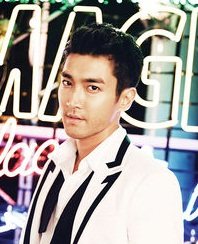 Biodata Siwon pemeran Song Chen Xi