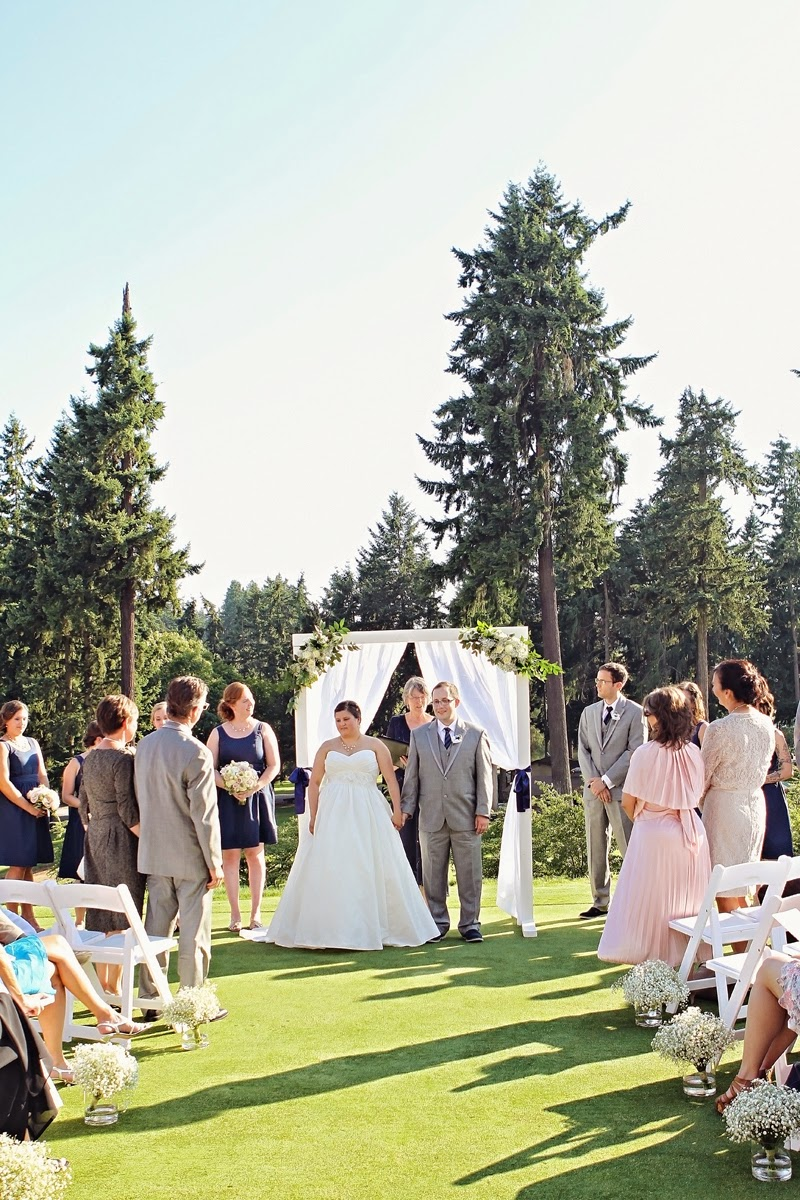 MARRIED - Molly & Nate at the Nile Country Club - Patricia Stimac, Seattle Wedding Officiant