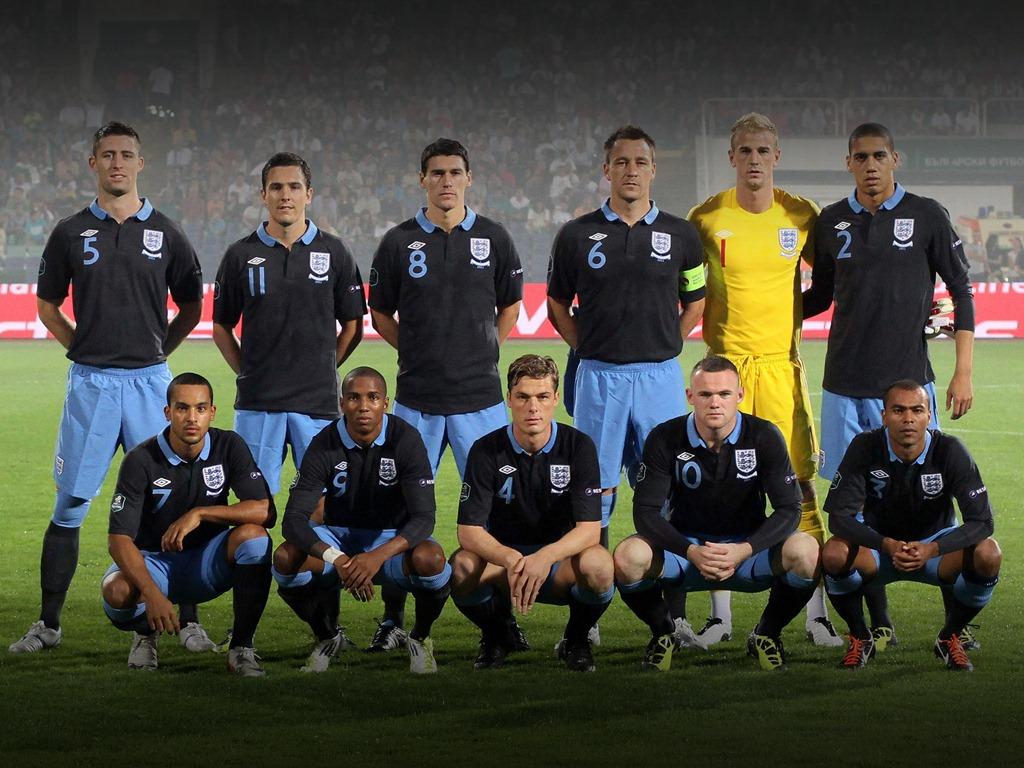 http://3.bp.blogspot.com/-ZYxRNXkXyok/T7o7wyfGyFI/AAAAAAAAGOk/3BTEuRRXD3Y/s1600/england+national+football+team+2012.jpg