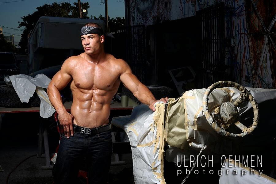 aesthetic muscle, bodybuilder, Cory Upton, great abs, male fitness model, male model, muscle, physique, ripped muscle, vascular muscle,