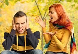 5 Sikap Cewek Yang Bikin Cowok Tertekan