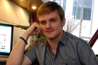 Arnold Sebastian Peniri Tokobagus.com