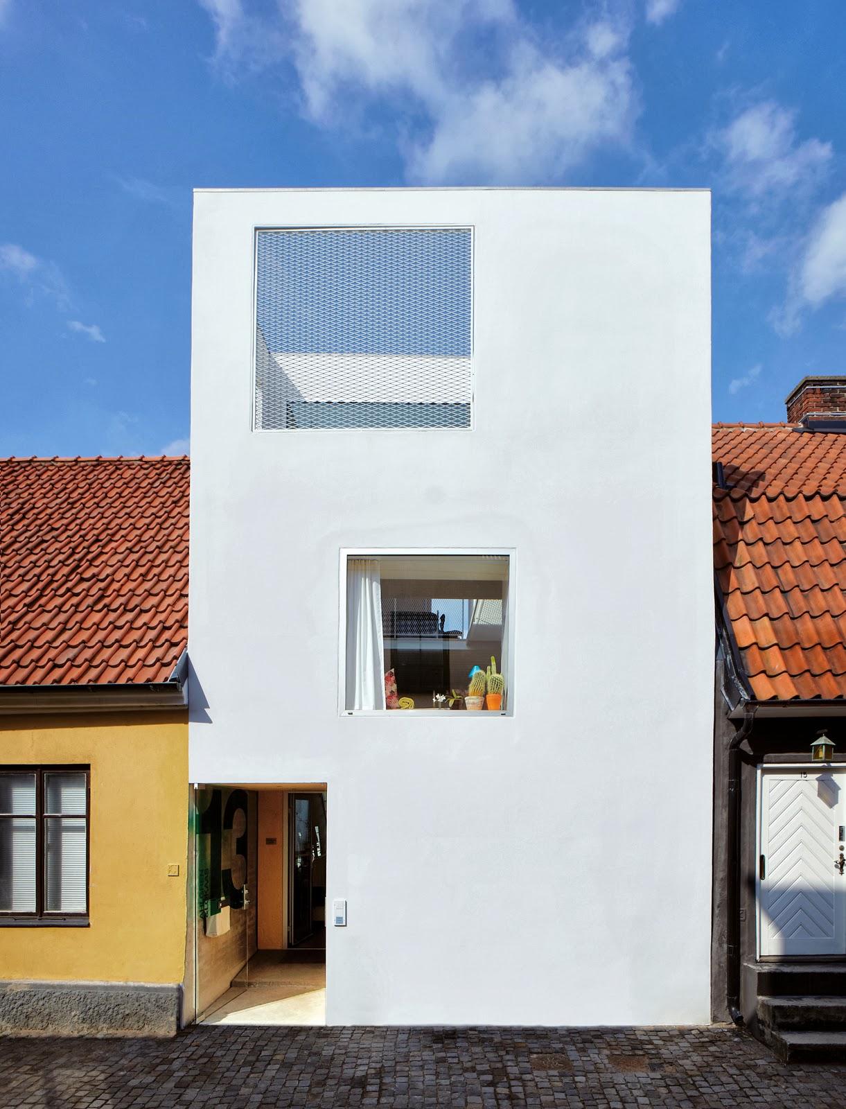 Die wohngalerie loft living in kleinem stadthaus for Minimalismus haus