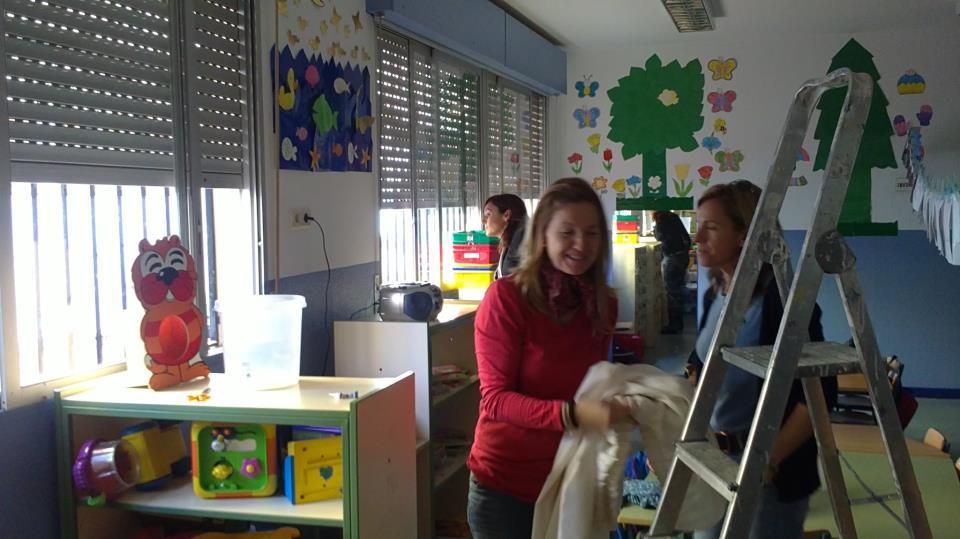 Instalaci n de cortinas en aula infantil for Cortinas para aulas