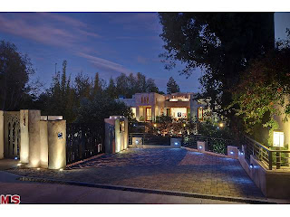 1 Coolest House on Caravan: 142 S Canyon View Dr.   Brentwood