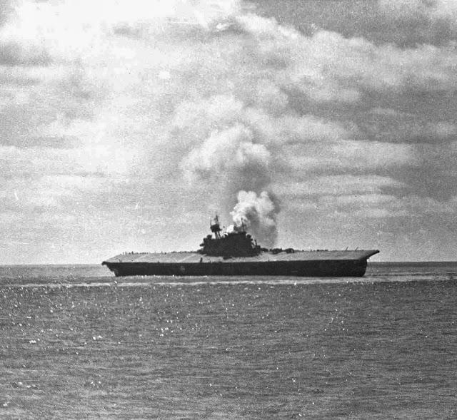 ... carrier+USS+Yorktown+(CV-5)+damaged+the+Battle+of+Midway,+4+June+1942