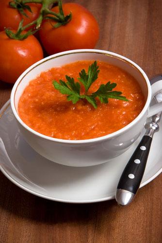 Ισπανική κρύα σούπα Γκασπάτσο