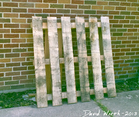 wood pallet cooler stand, rustic cooler stand, free wood pallet