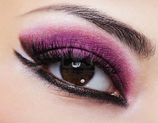 Maquillaje purpura