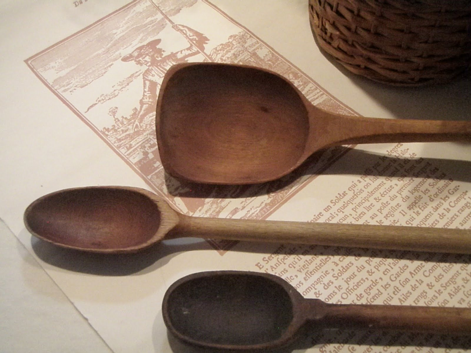 Cabin cottage antique wooden spoons and a french recipe for Wooden kitchen spoons
