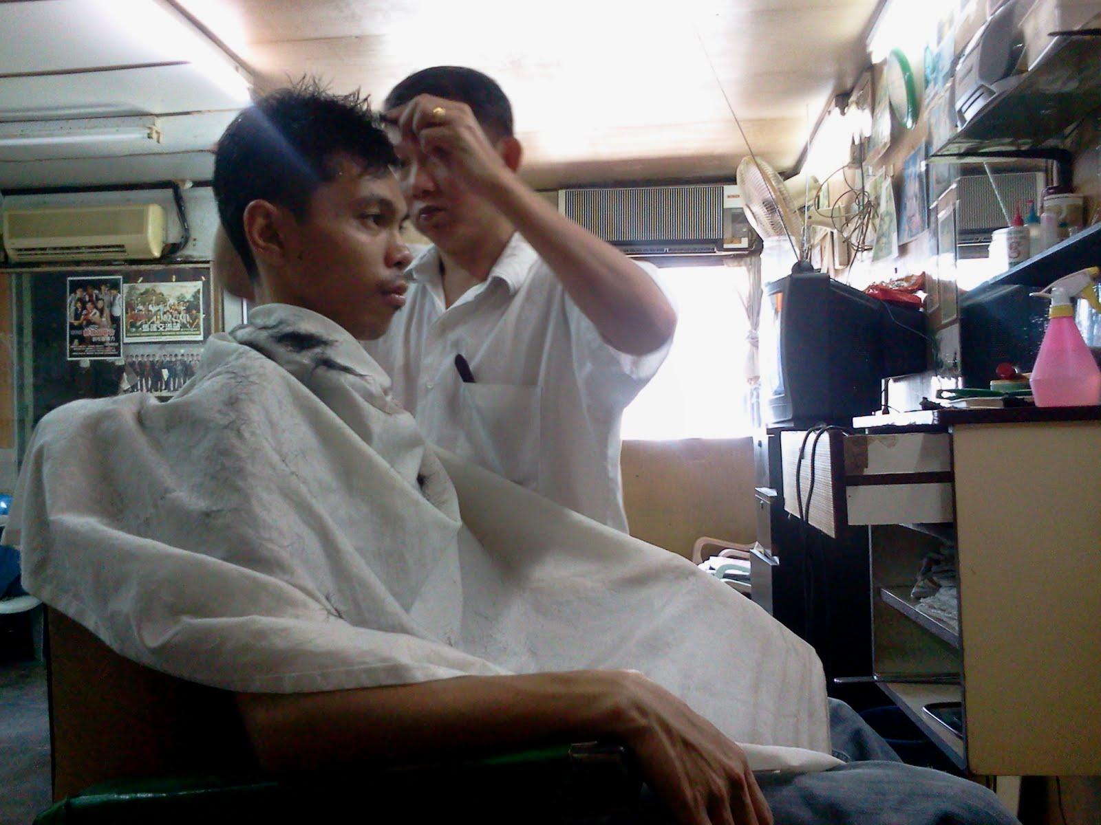 Temankan bakal pengantin gunting rambut lepas jemaat. Terbaeekkk!!!! Ps    blogger buat hal lagi daaa. e50a89a42b