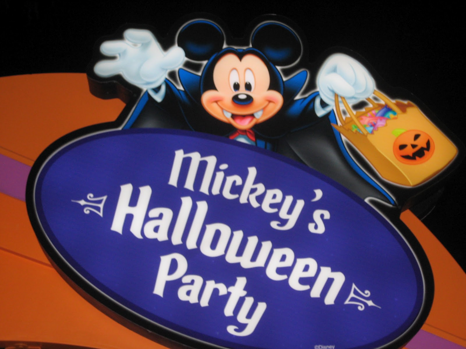 Disney Sisters: Mickey's Halloween Party and Halloween Time at ...