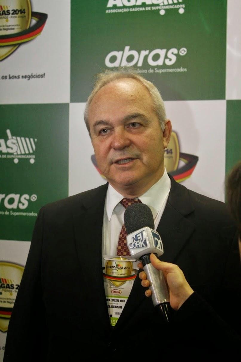 Sócio da Koch Advogados, Dr. Laury Ernesto Koch, fala da importância do setor na Expoagas 2014