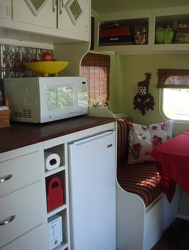 Happy Day Vintage Mobile Home Monday A Great Before And