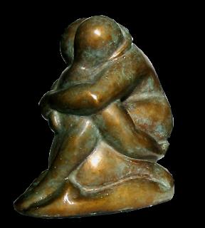 Statue de couple nu stylisé, étroitement enlacé