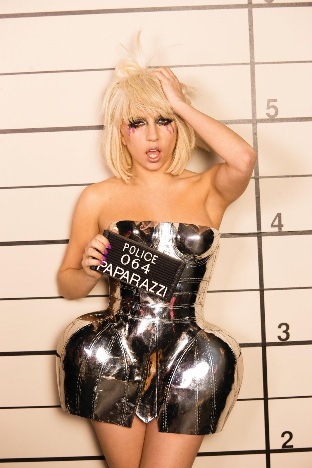 http://3.bp.blogspot.com/-ZaaIybFqgiE/ToxzCwa8h3I/AAAAAAAAAf8/claAzGZxDm8/s1600/Lady-Gaga.jpg