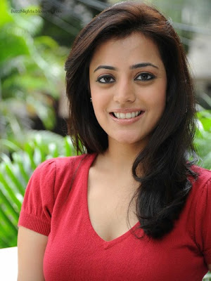 Nisha-Agarwal-Hot-Tamil-Actress