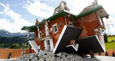 arsitek rumah on Jika dilihat sekilas, rumah ini mungkin seperti habis terkena amukan ...