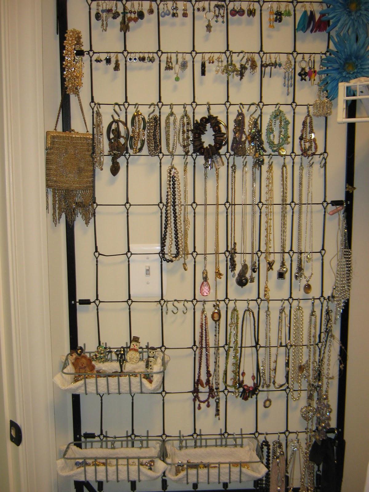 Fake It Frugal Crib Spring Jewelry Organizer