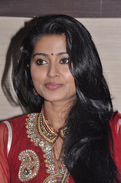 Sneha Latest stills in Red Anarkali churidar smiling, Tollywood Actress Pictures
