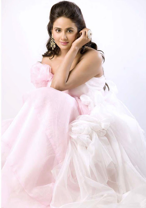 parul yadav new spicy shoot actress pics