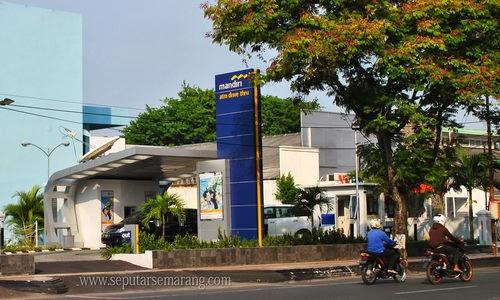ATM Bank Mandiri Drive Thru