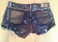 Bleach paint and leather pocket shorts on UpcycleFever