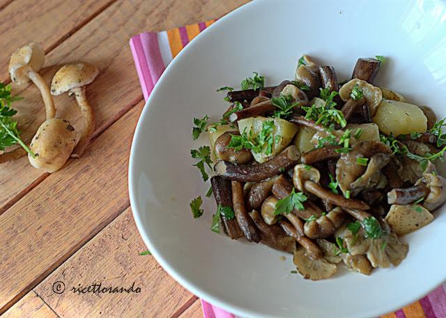 ricetta vegetariana di Chiodini trifolati con patate