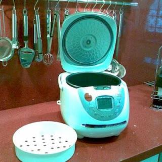 Robot Lady Master en la cocina