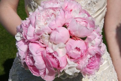 summer pink peonies wedding bouquet Wedding Inspiration: Peony Bouquets