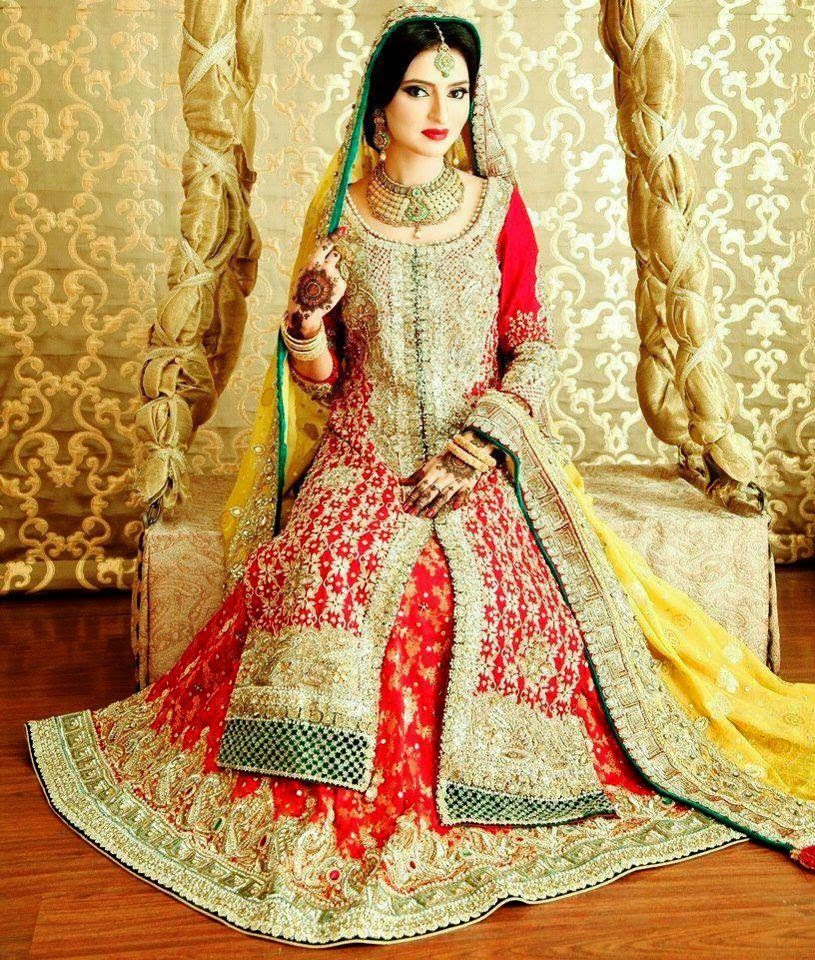 Pakistani bridal wedding dresses latest designs photos for Latest fashion dresses for weddings