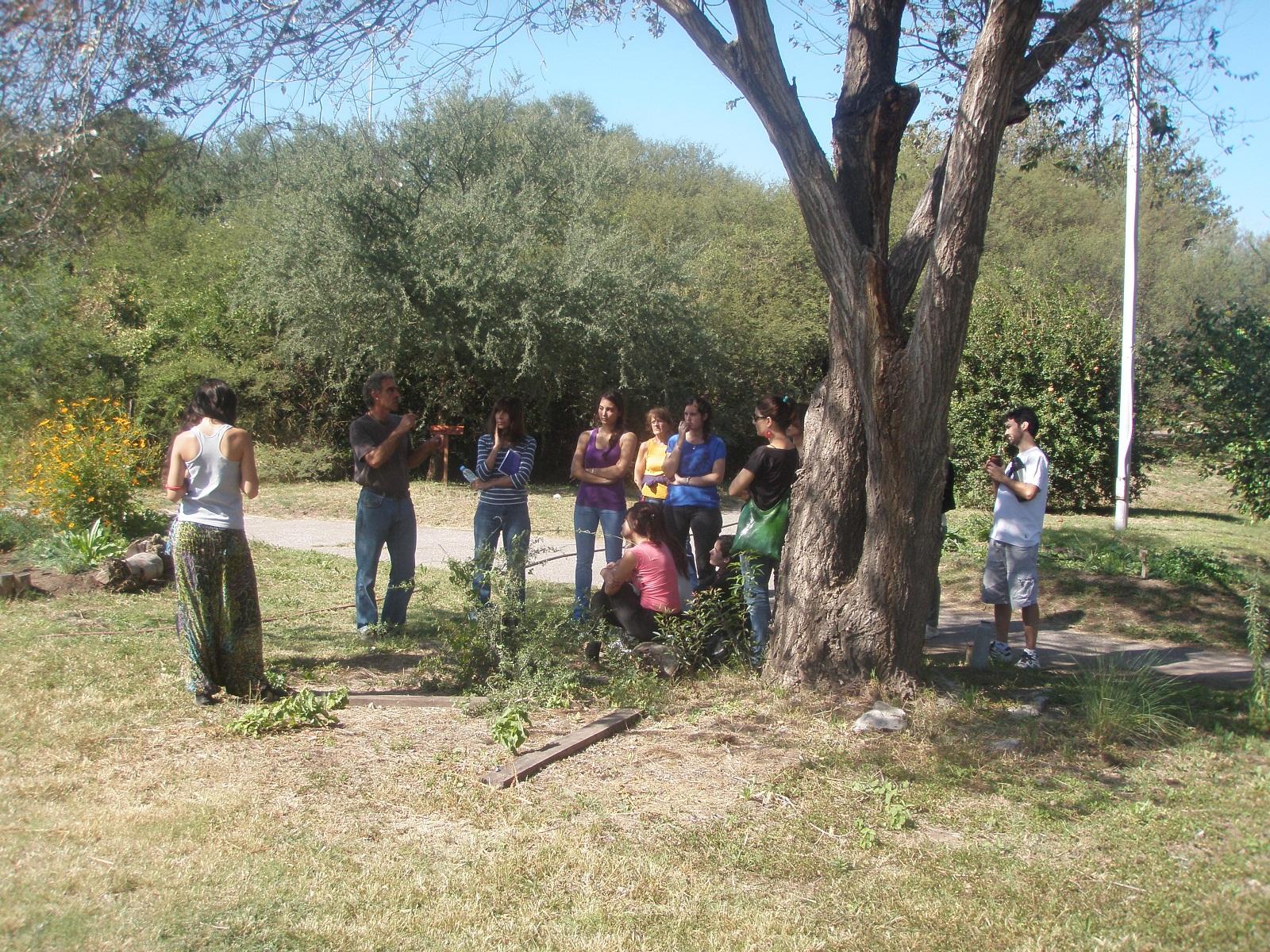 Jard n bot nico de c rdoba segunda clase del curso de for Jardin botanico cursos