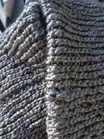 crochet-scarf-knit-stitch-details