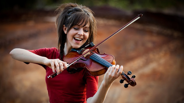 lindsey-stirling-ley-de-atraccion