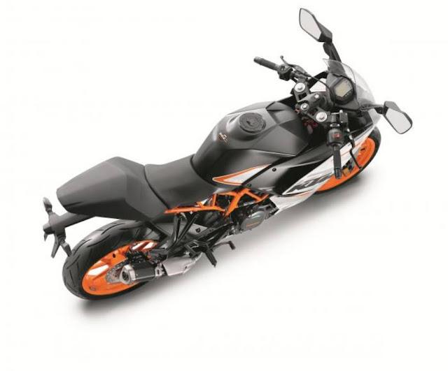 KTM-RC-390-Ride