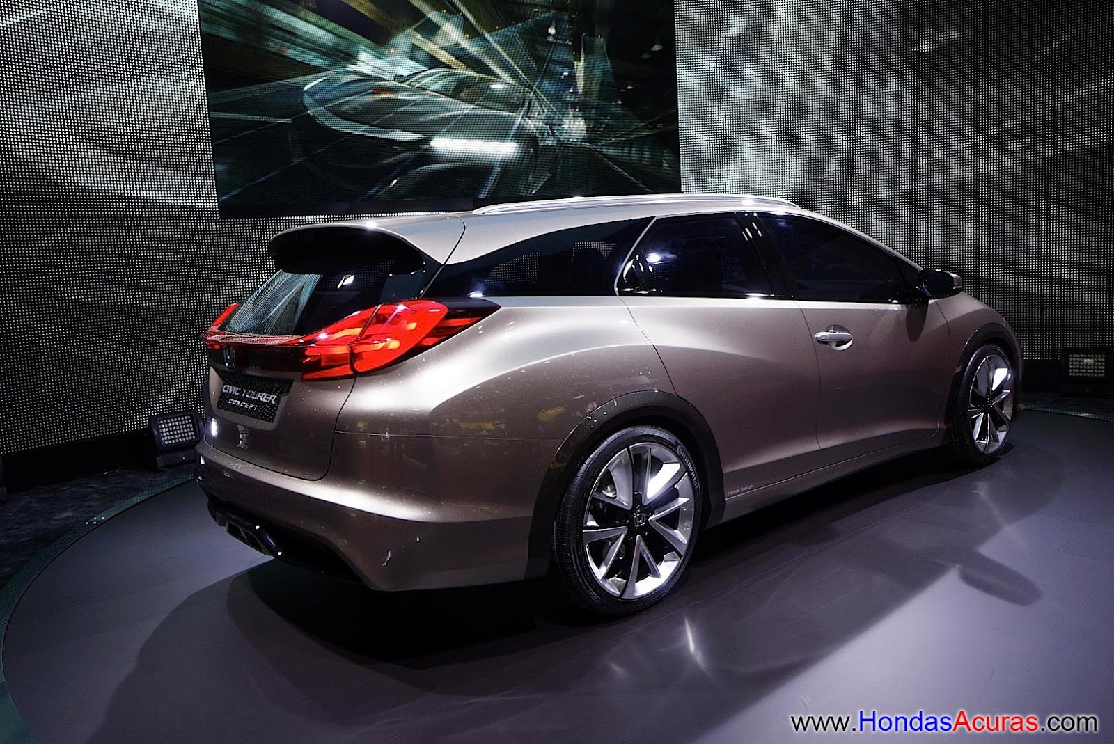 http://3.bp.blogspot.com/-Zbk-KnzoAnA/UTYvO-_cy-I/AAAAAAAAKDo/by0YkpycmC4/s1600/honda-civic-wagon-concept-looks-beautiful-in-geneva-live-photos_7-wallpaper.jpg