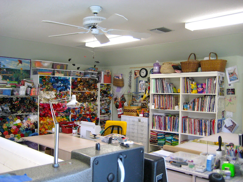 WAZOO! Newsbits: My old sewing and quilting studio space (in Florida) : studio quilt - Adamdwight.com