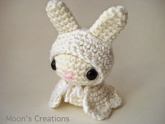 https://www.etsy.com/listing/209118582/glowing-ghost-moon-bun-amigurumi-bunny?