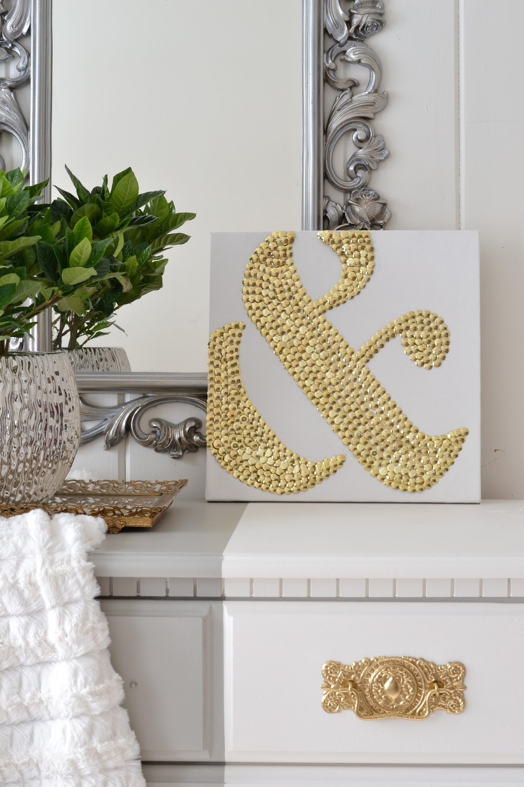Livelovediy how to make diy ampersand art using thumbtacks for Ampersand decor