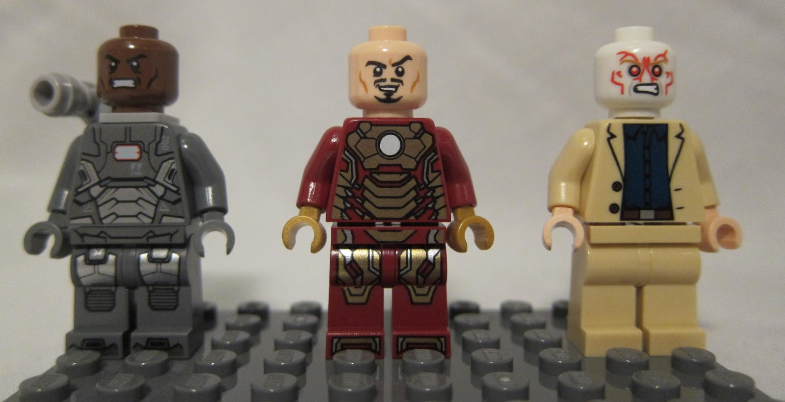 All Lego Iron Man Suits - WallsKid